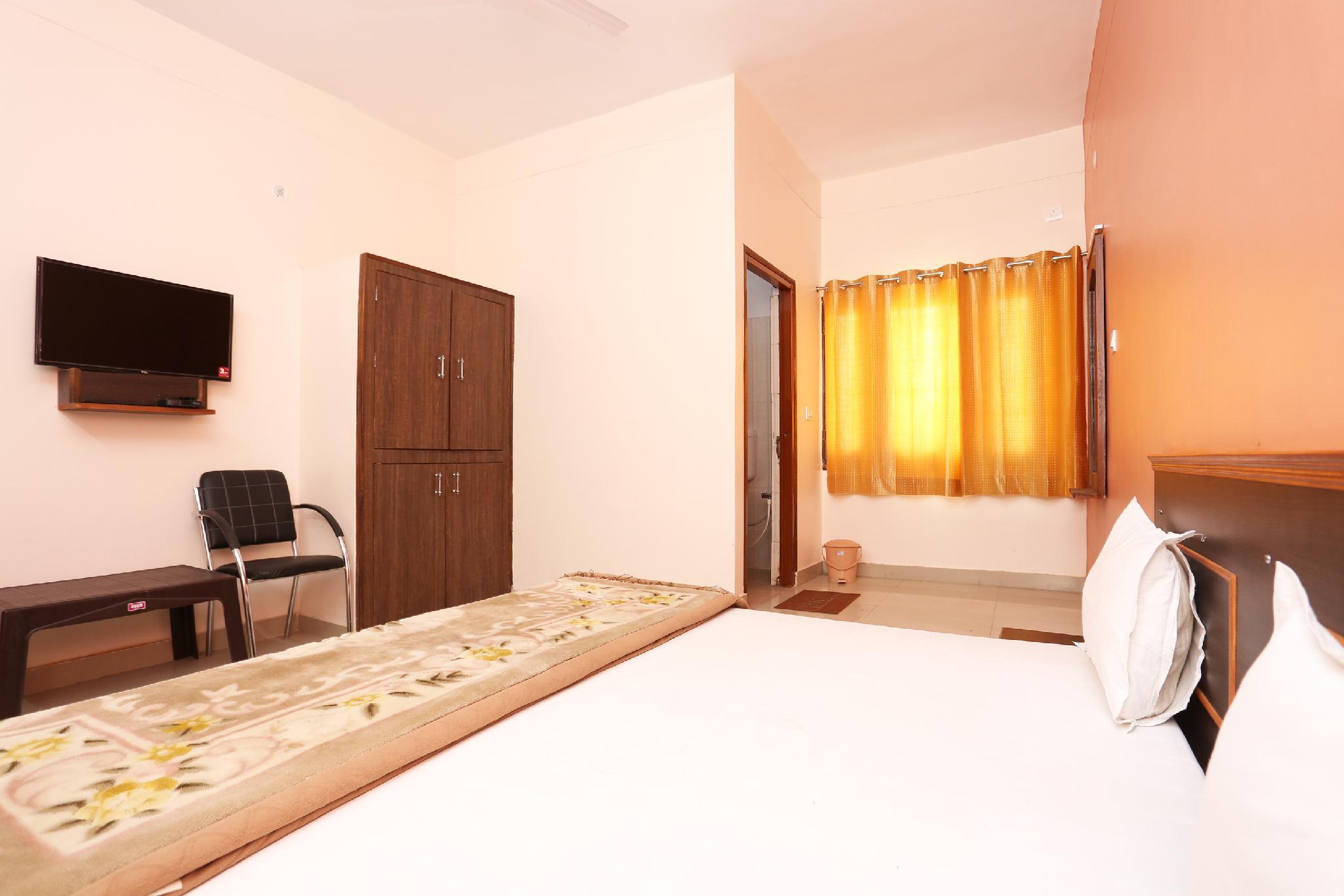 SPOT ON 43142 Nirmal Guest House