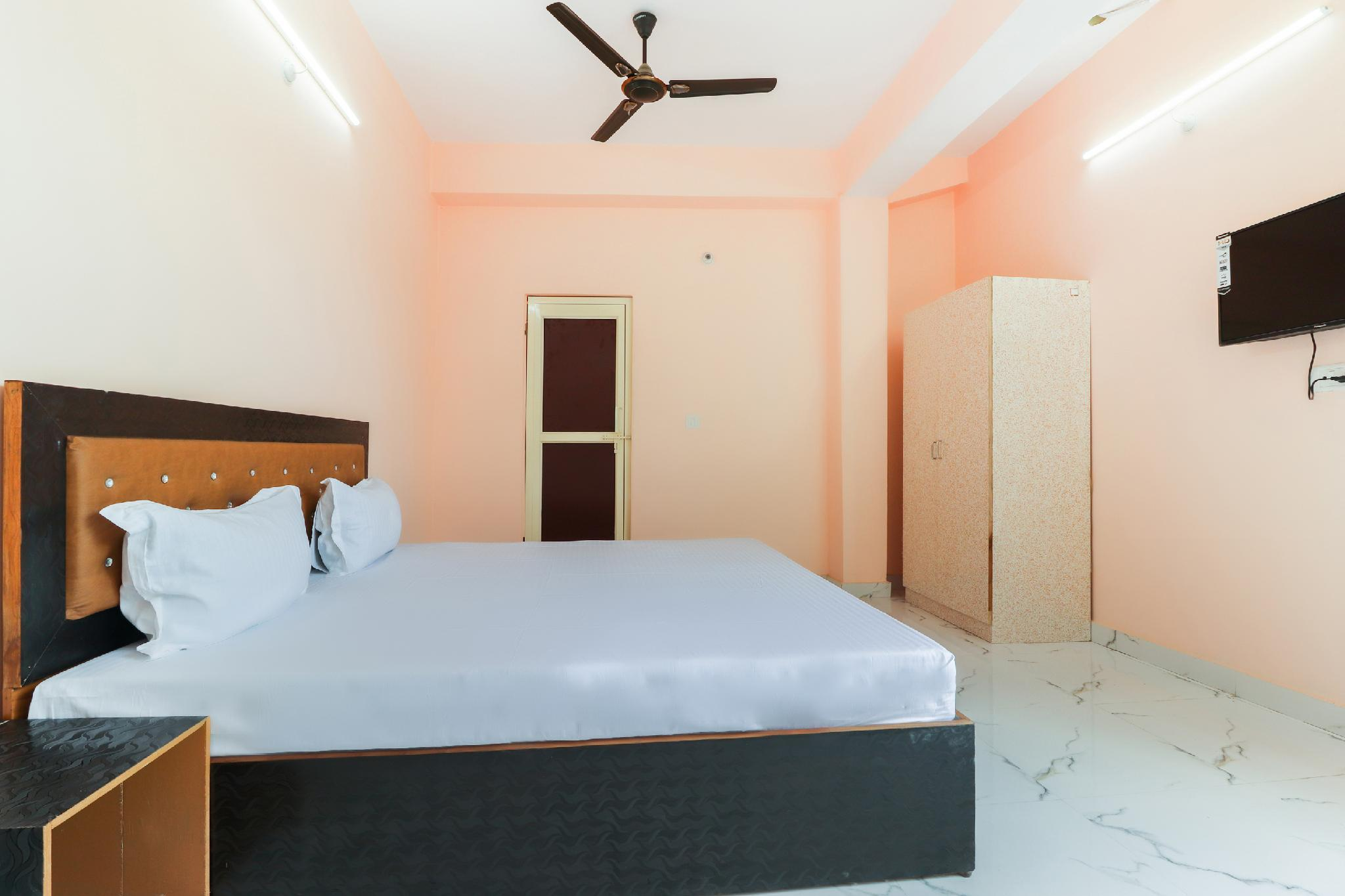 SPOT ON 47217 Shubh Lagan Guest House