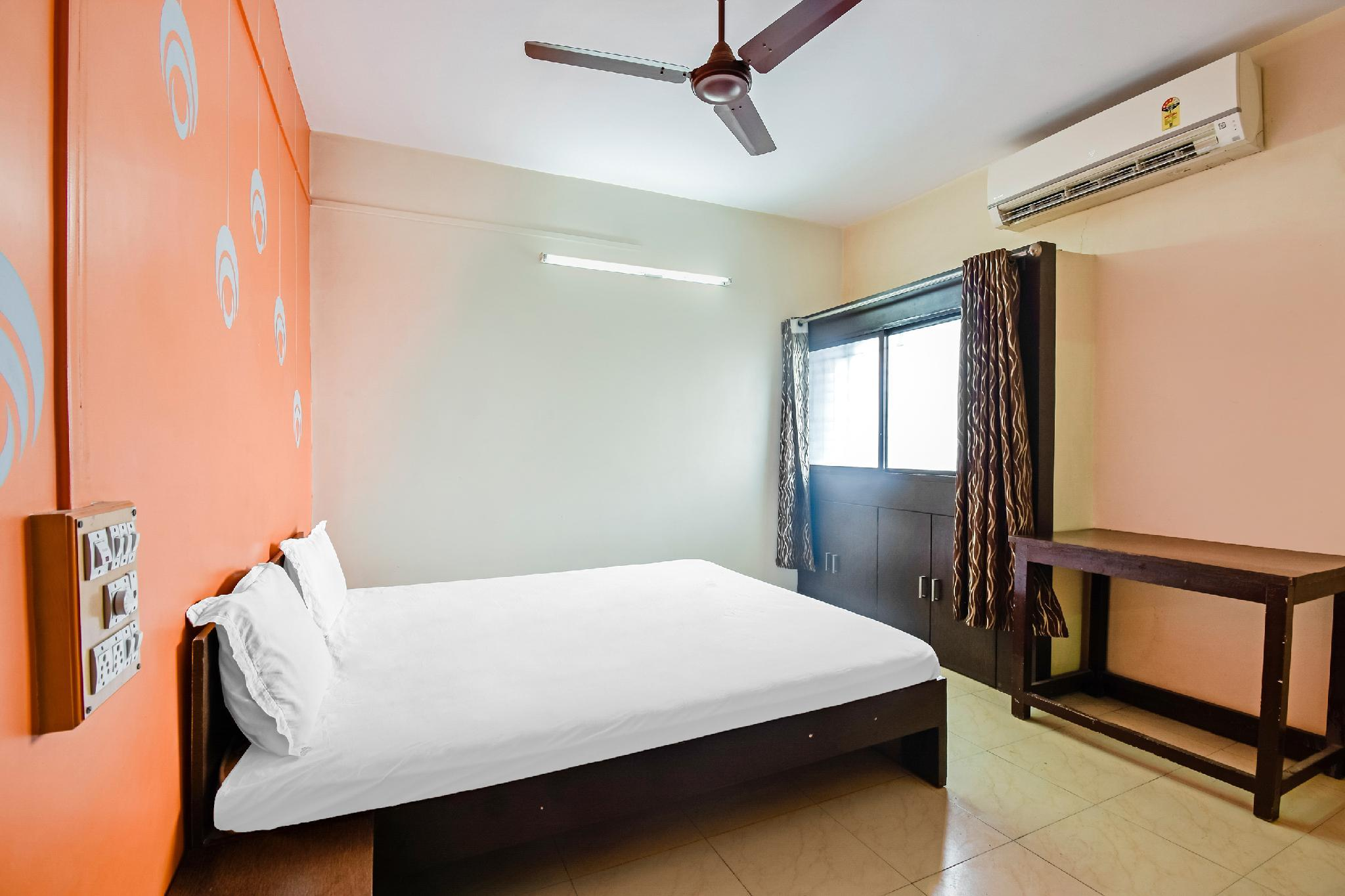 SPOT ON 49712 Shriram Lodge