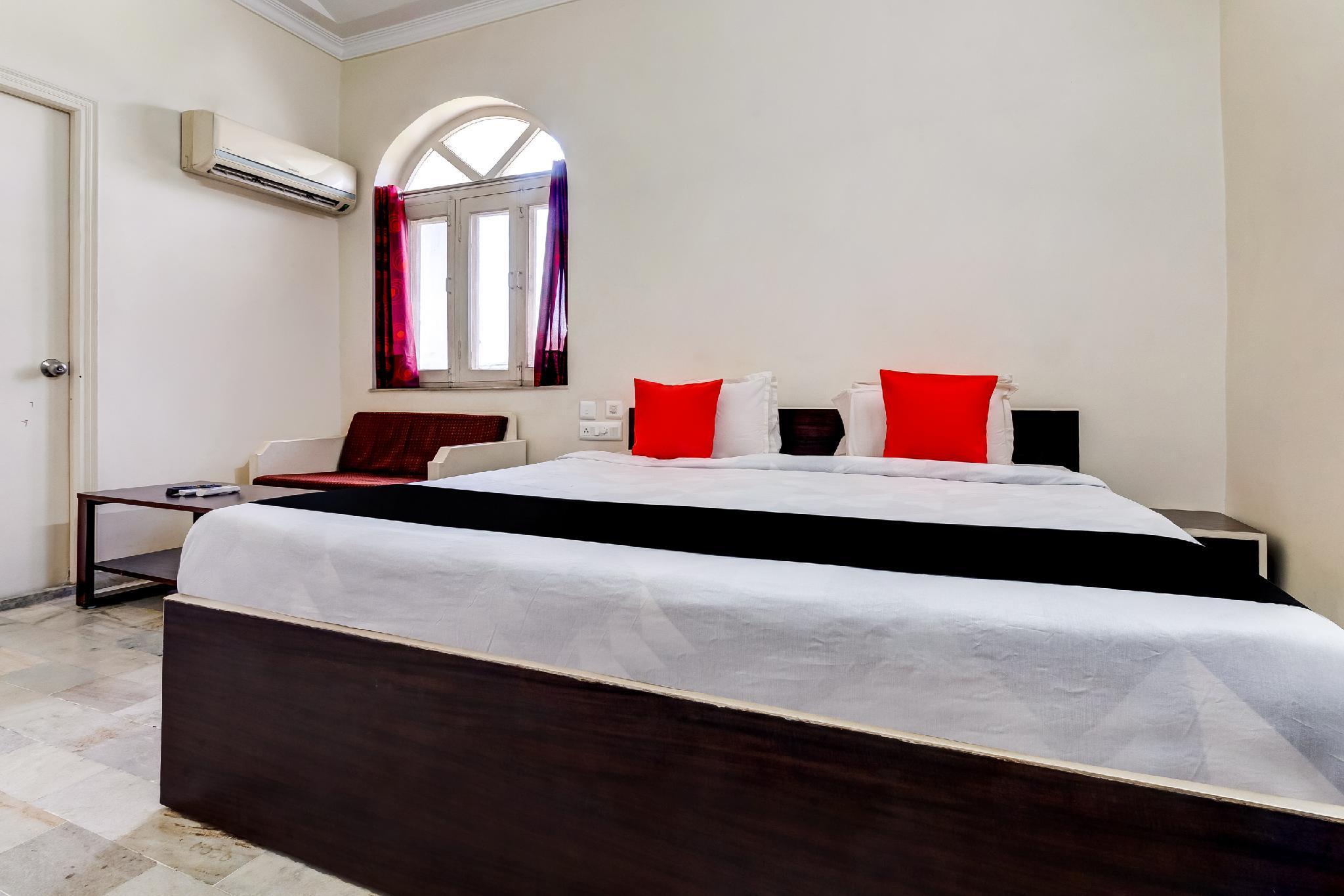 Capital O 60569 Hotel Royal Maithan International