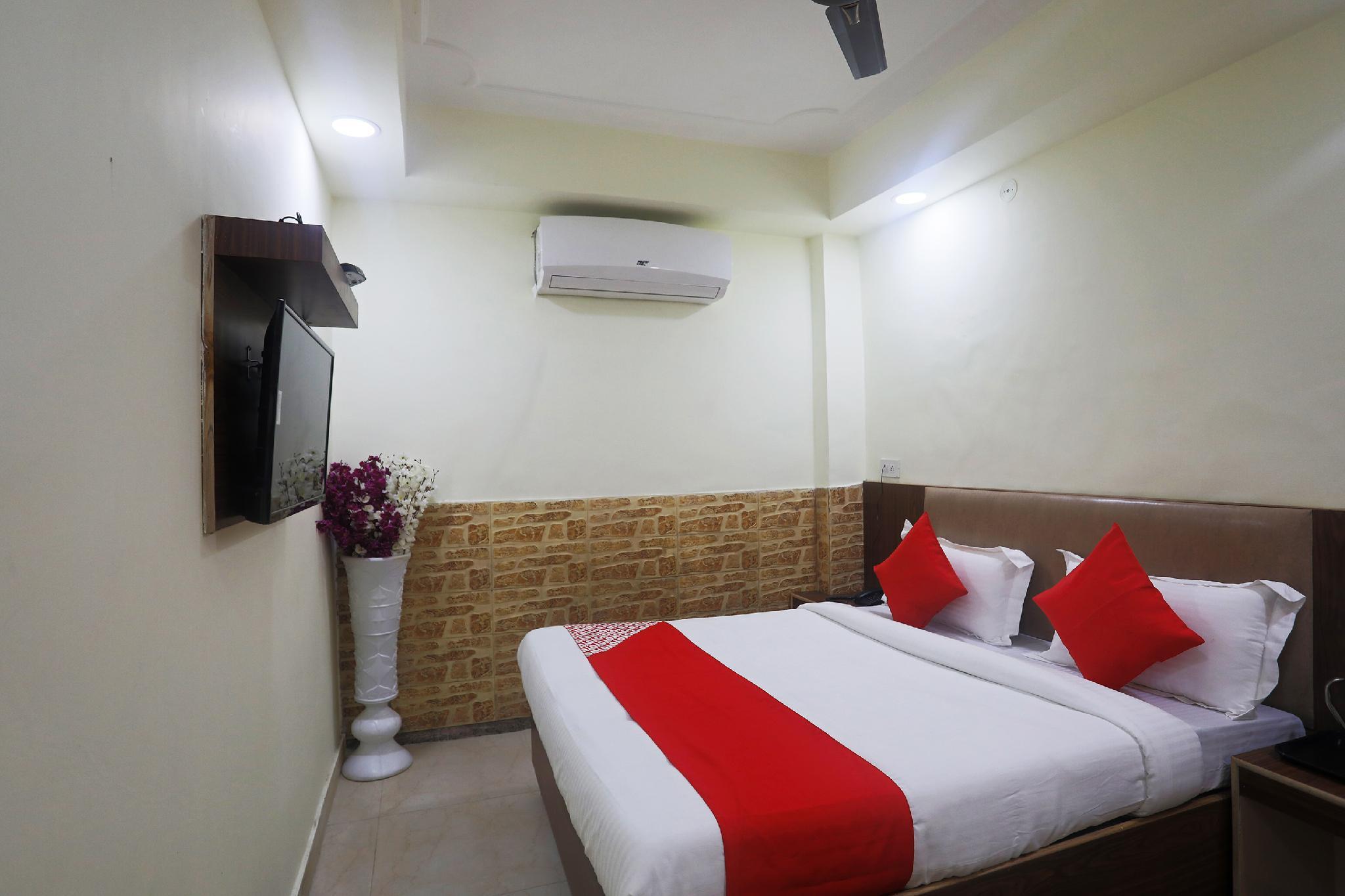 OYO 47067 Mannat Inn