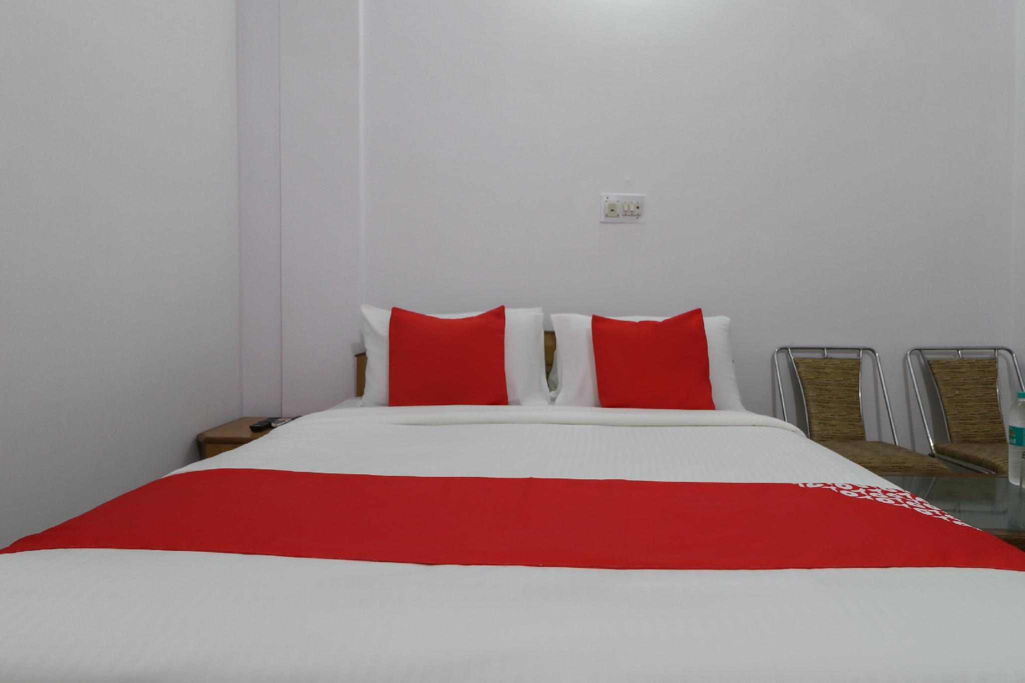 OYO 44544 Khurana Guest House