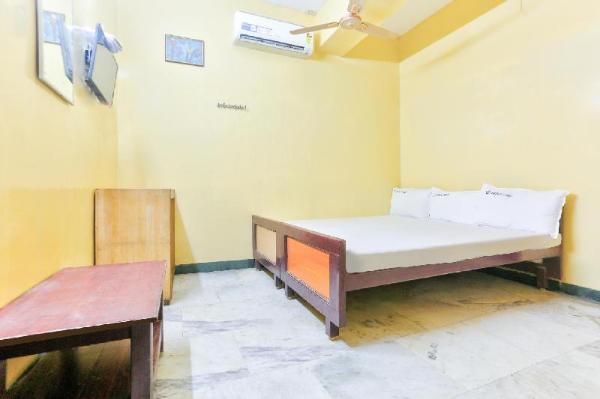 SPOT ON 44645 Prince Lodge Chennai