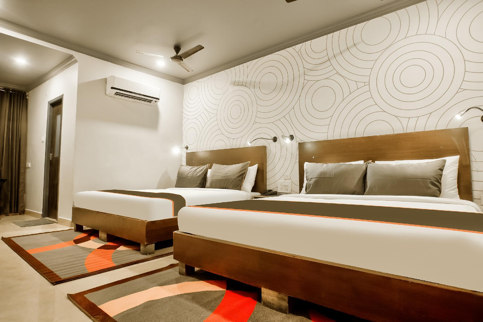 Collection O 30111 Collection O 273 Hotel Everest Poonamallee