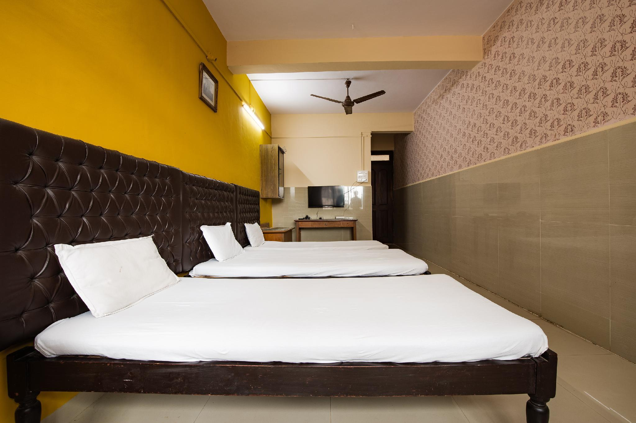 SPOT ON 6991 Hotel Poonam
