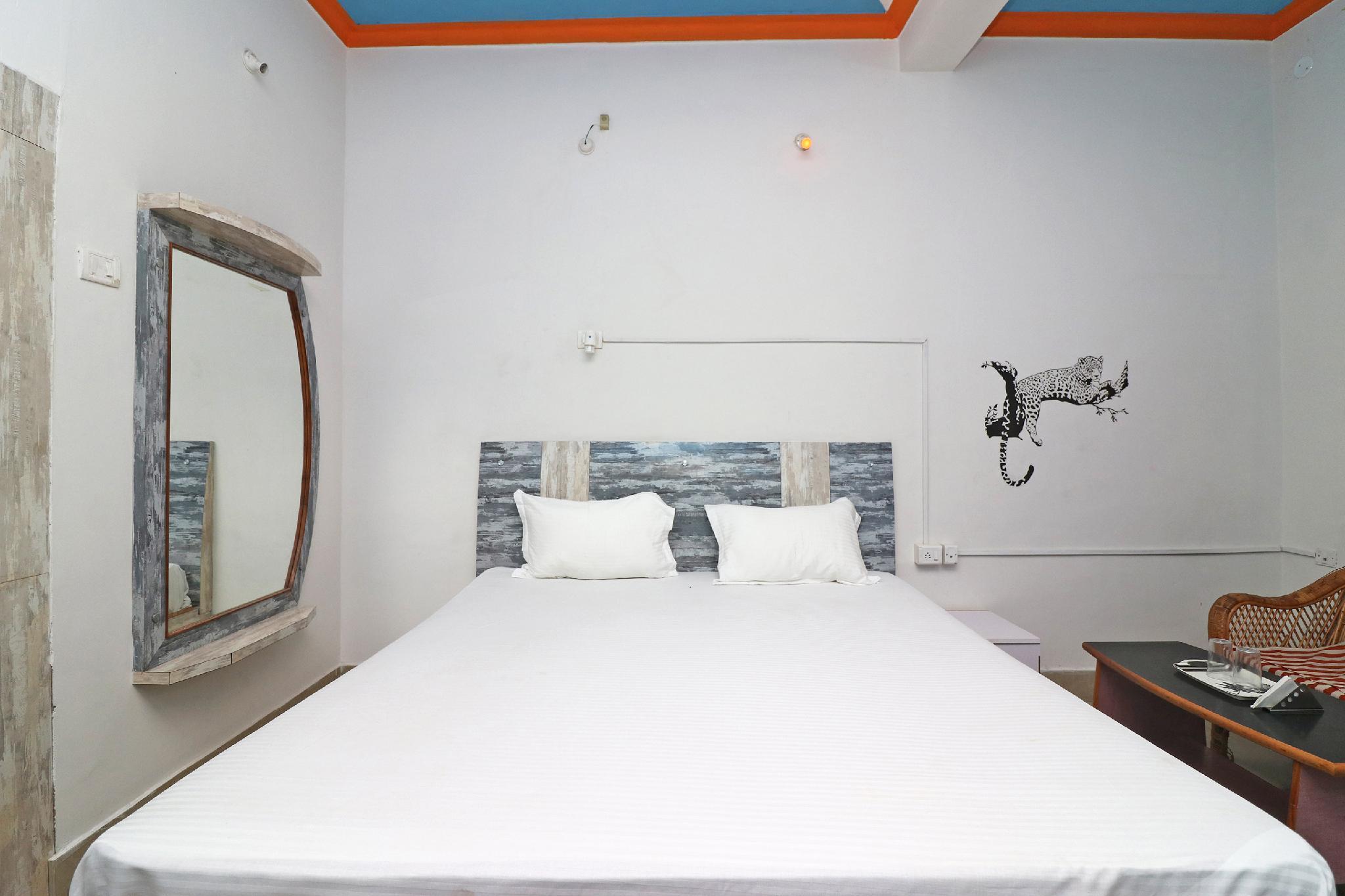 SPOT ON 42729 Hotel Kavin's Inn