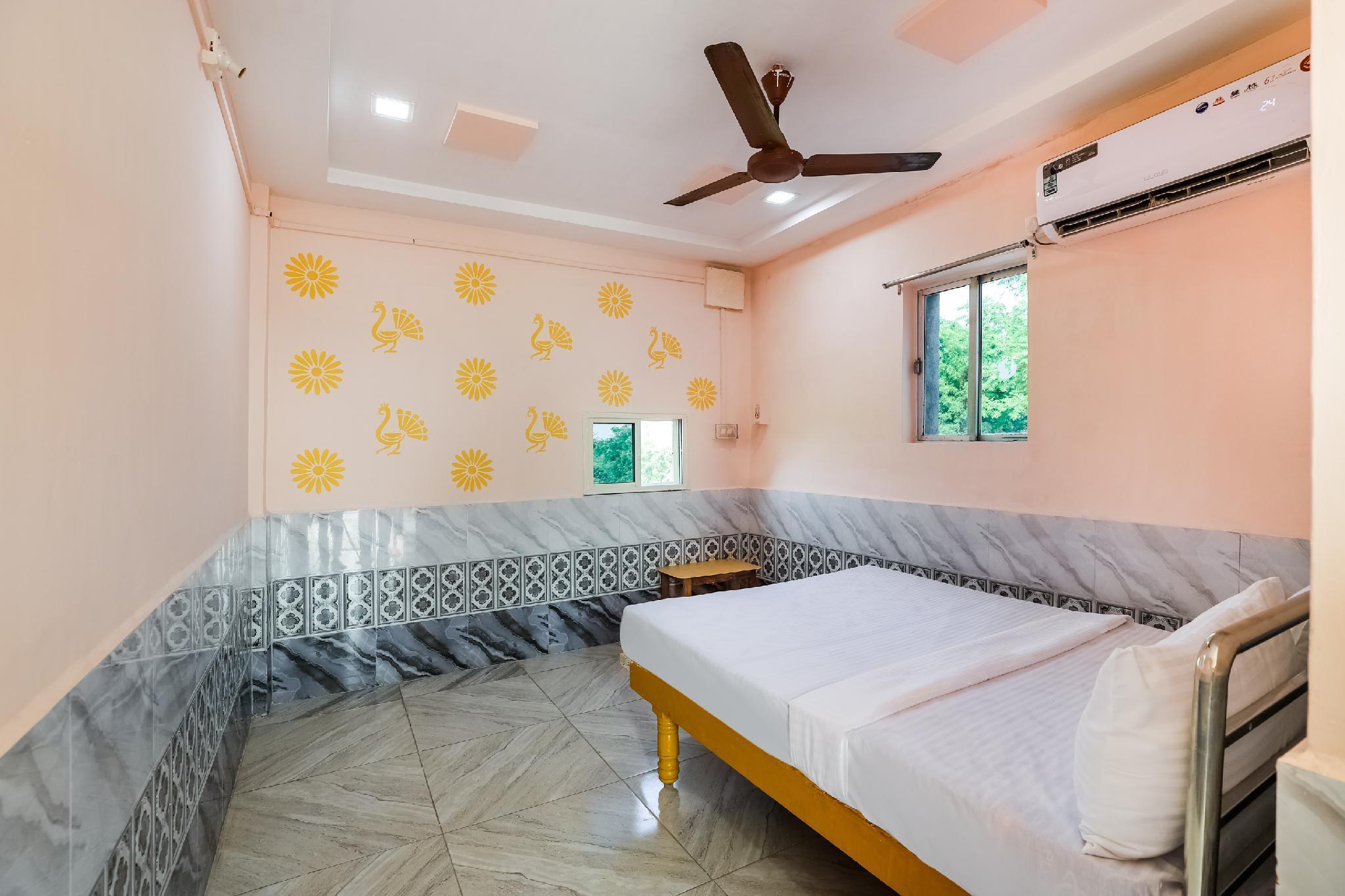 SPOT ON 49105 Hotel Marudhar Guest House