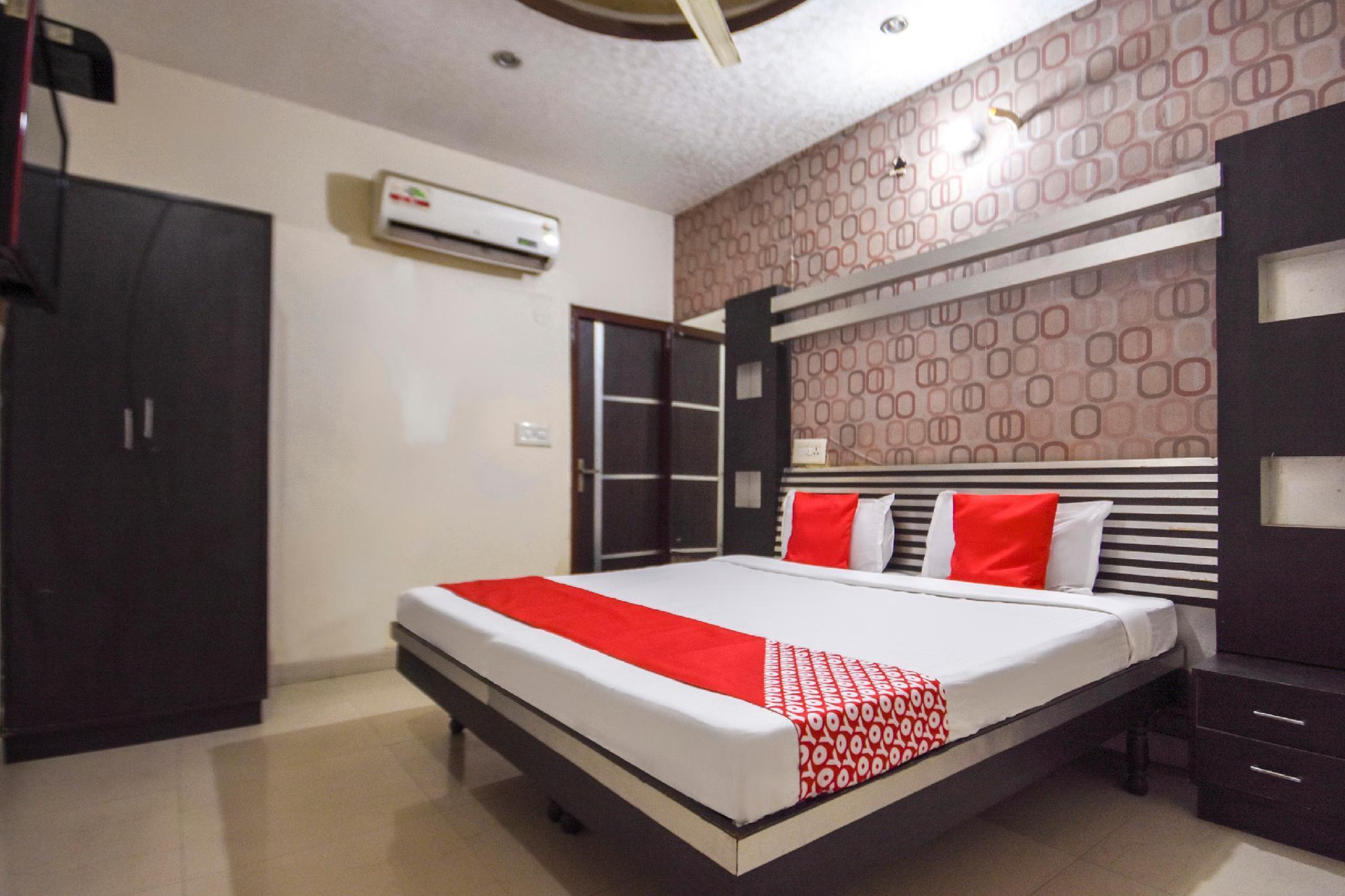 OYO 47967 Akash Motel New