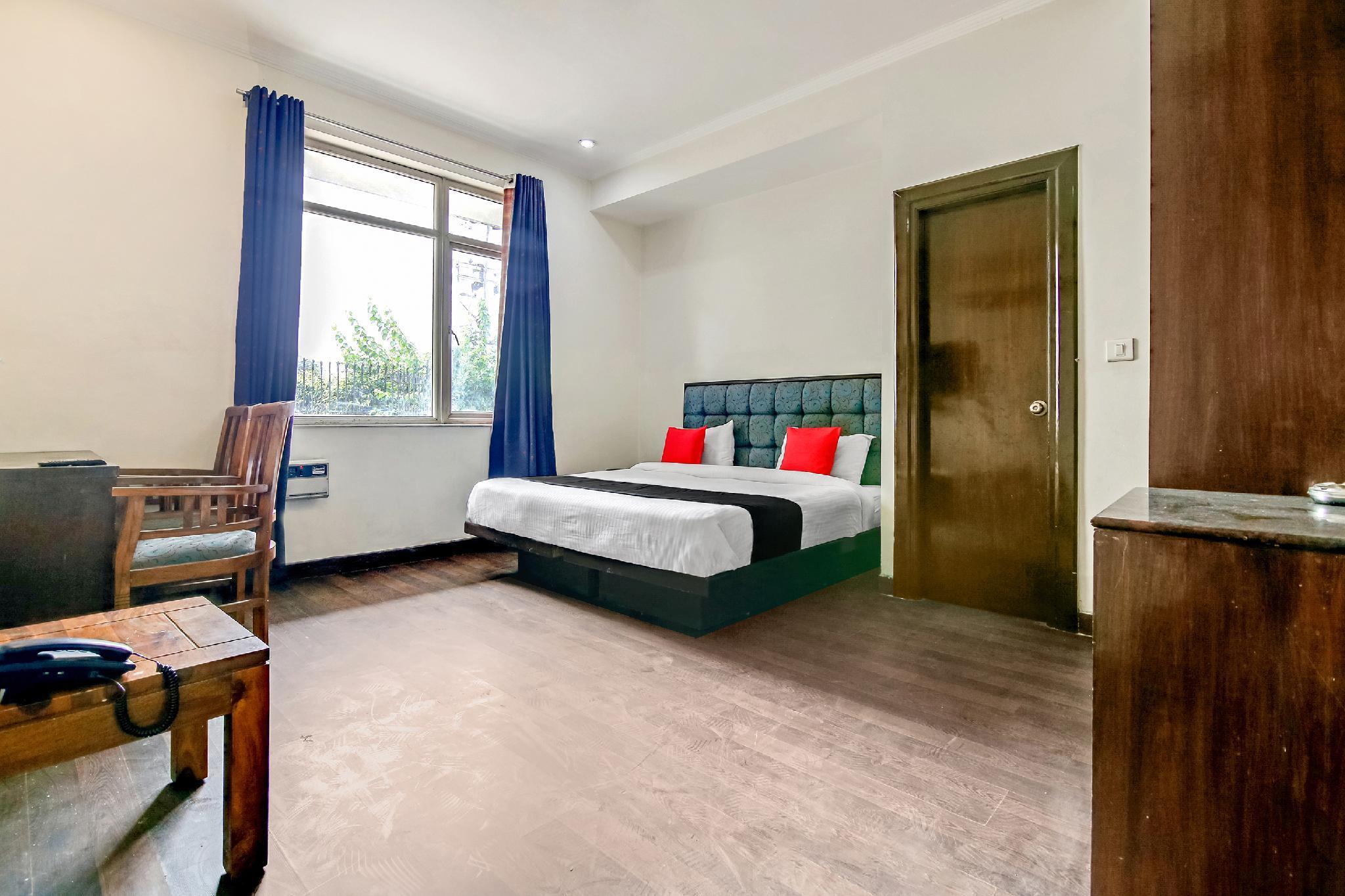 Capital O 14545 K S Residency
