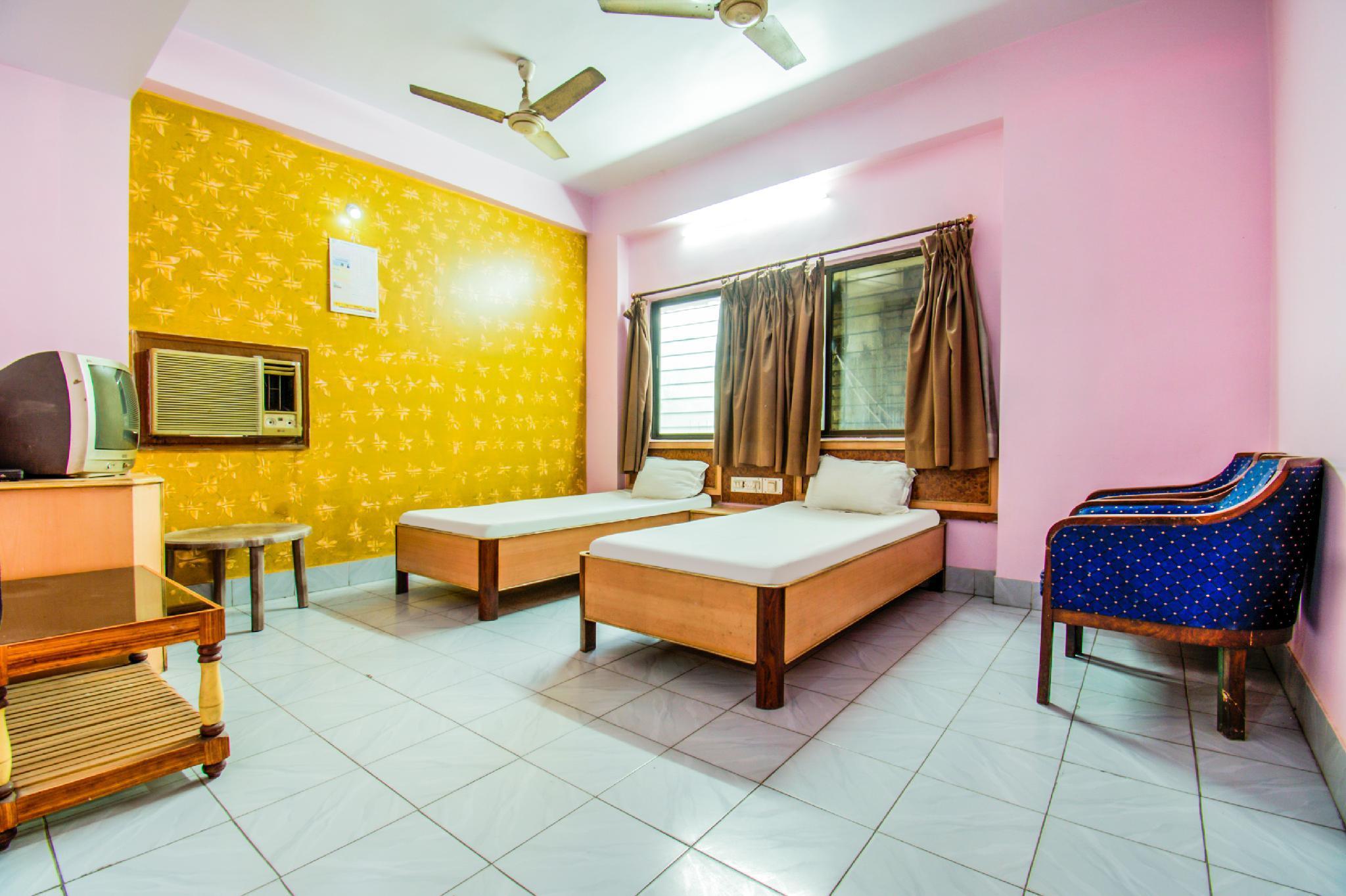 SPOT ON 43816 Hotel Sagar Inn