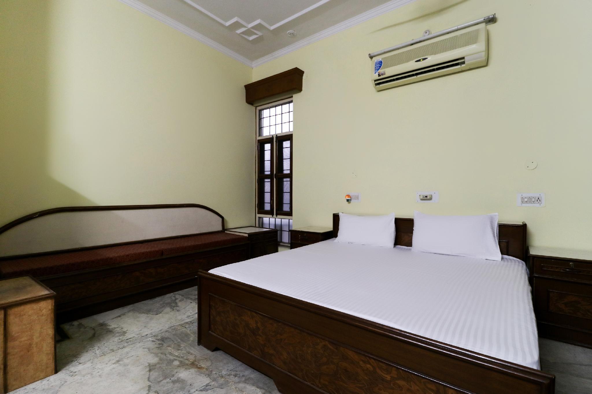 SPOT ON 48448 Hotel Satish Anand Villa