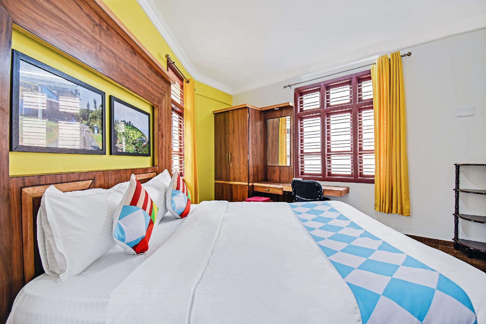 OYO 45155 Enticing Stay In Ooty