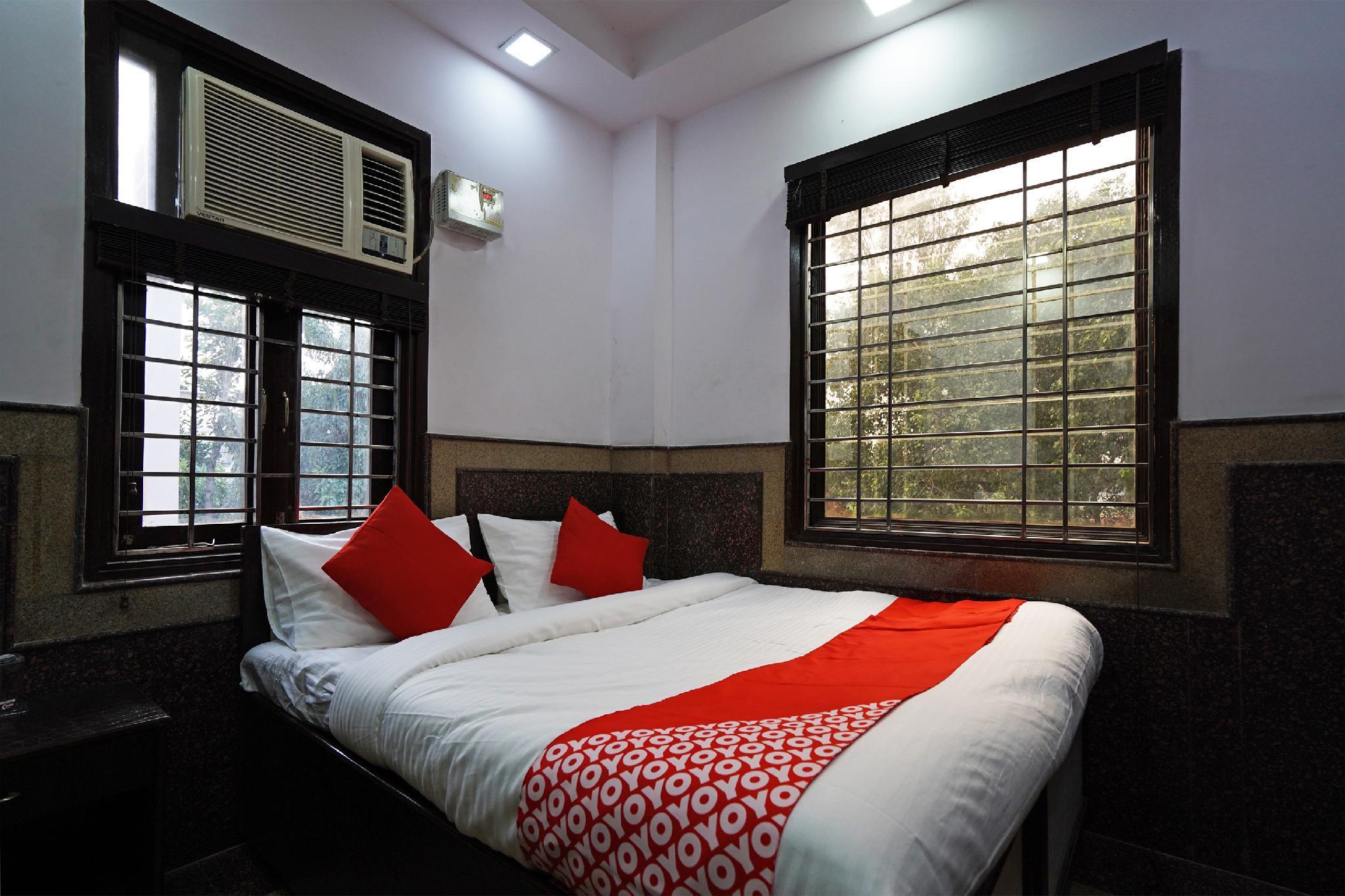 OYO 49019 Aasha Residency