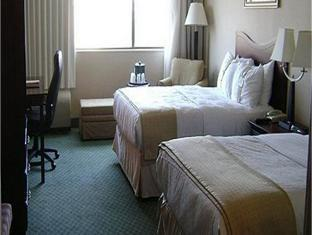 Holiday Inn Knoxville Downtown   Worlds Fair Park