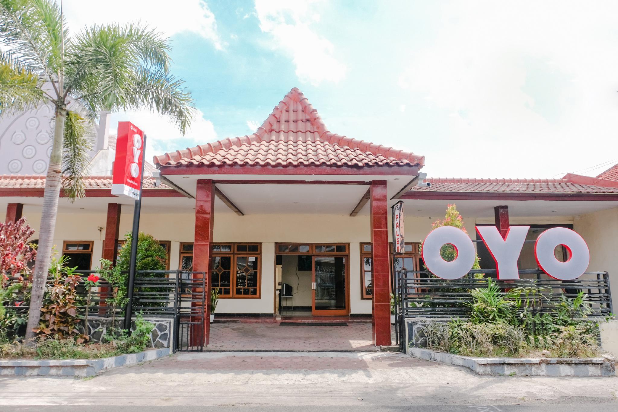 OYO 1036 Hotel Palem 1