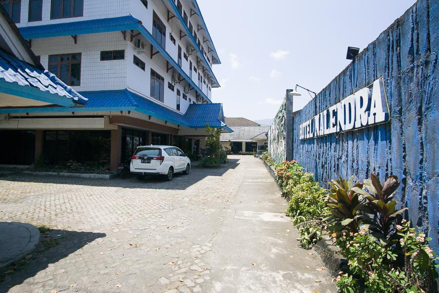 RedDoorz Plus Near Pelabuhan Bitung