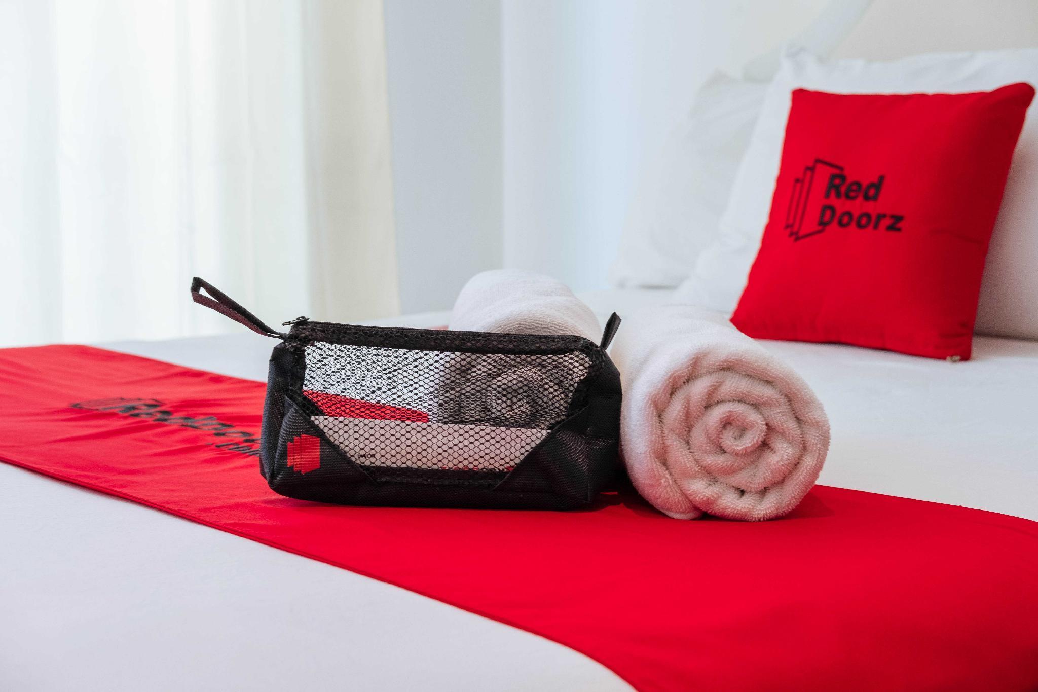 RedDoorz Premium @ Rancho Luisito Rodriguez Rizal