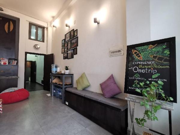 Sunshine Lofts with balcony 5 min to Bui Vien Ho Chi Minh City
