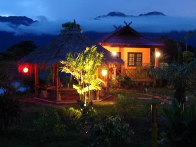 แม่สาย ดอย วิว รีสอร์ต – Maesai Doi View Resort