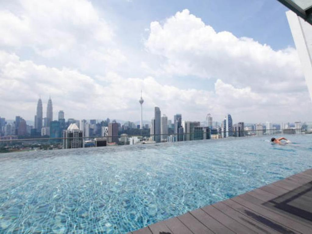 The best klcc view regalia residences hotels book now for No credit check swimming pools