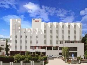アマルプリート ホテル (Amarpreet Hotel)
