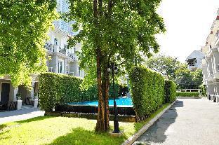 [スクンビット]一軒家(220m2)| 3ベッドルーム/3バスルーム Breezy Haus By Max In Asoke(Pool close to BTS/MRT)