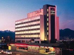Howard Johnson Plaza Vancouver Hotel