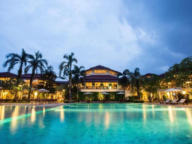 มณีจันท์ รีสอร์ท แอนด์ สปอร์ตคลับ – Maneechan Resort