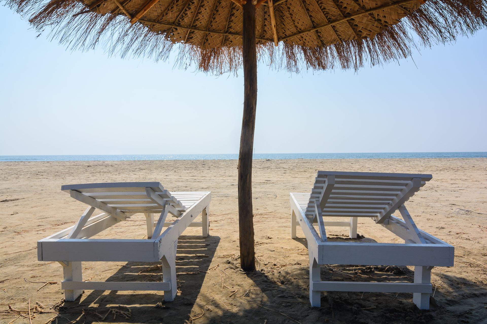 Larisa Beach Resort