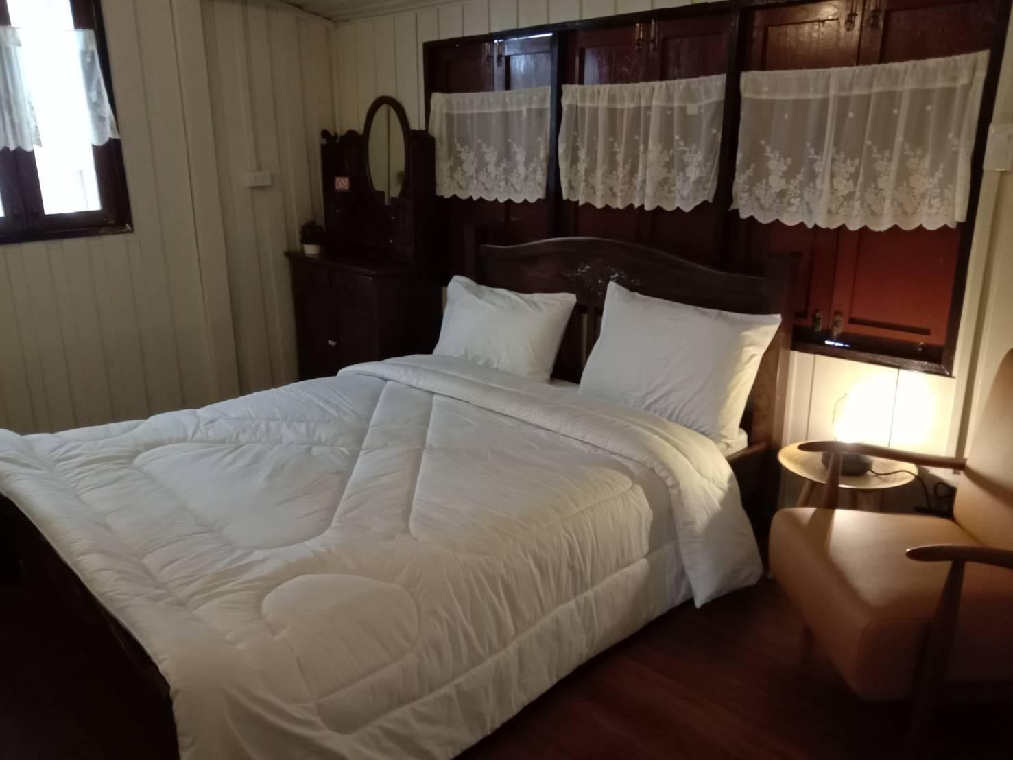 One bed room with shared bathroom บ้านเดี่ยว 3 ห้องนอน 3 ห้องน้ำส่วนตัว ขนาด 45 ตร.ม. – ธนบุรี