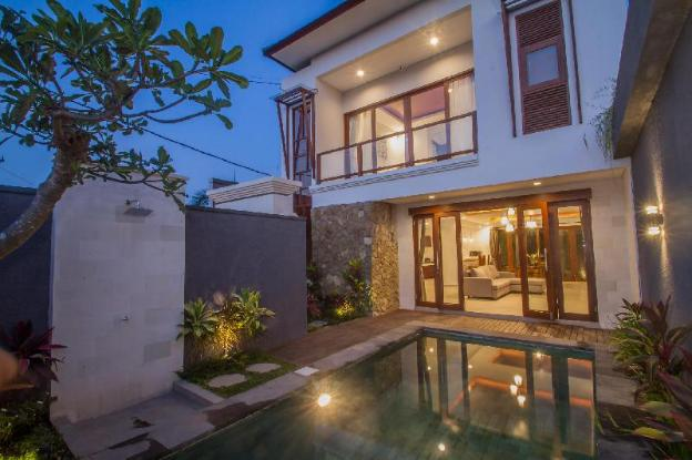 New Luxury Villa with View and Private Pool