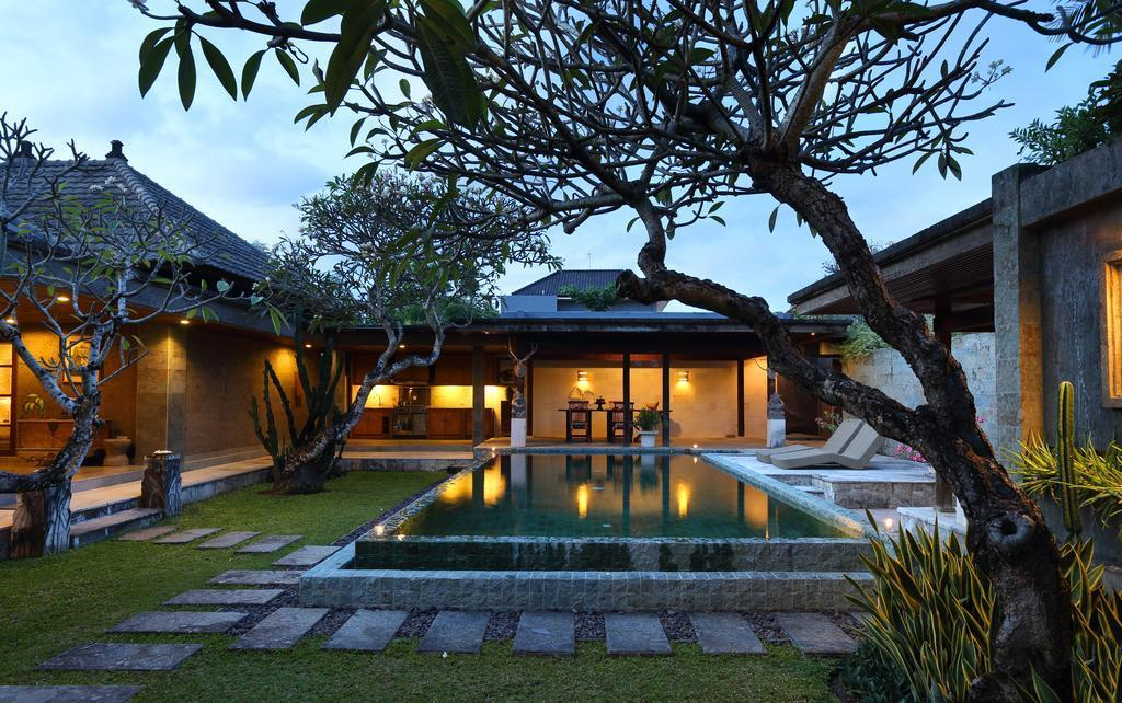 Luxurious Royal 2BR Private Pool Villa Breakfast