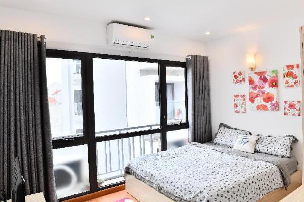 2 bedroom WEST LAKE Apartment full natural light Hanoi