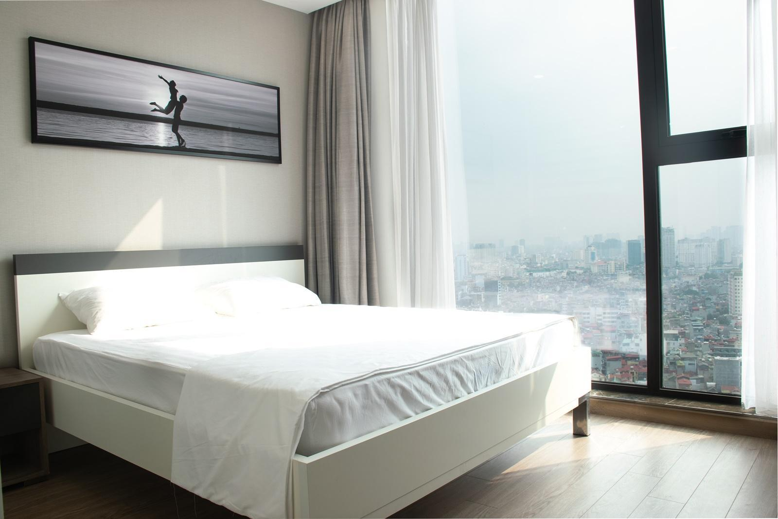 LiA House  37   Sun Grand 3BRs City View Apartment