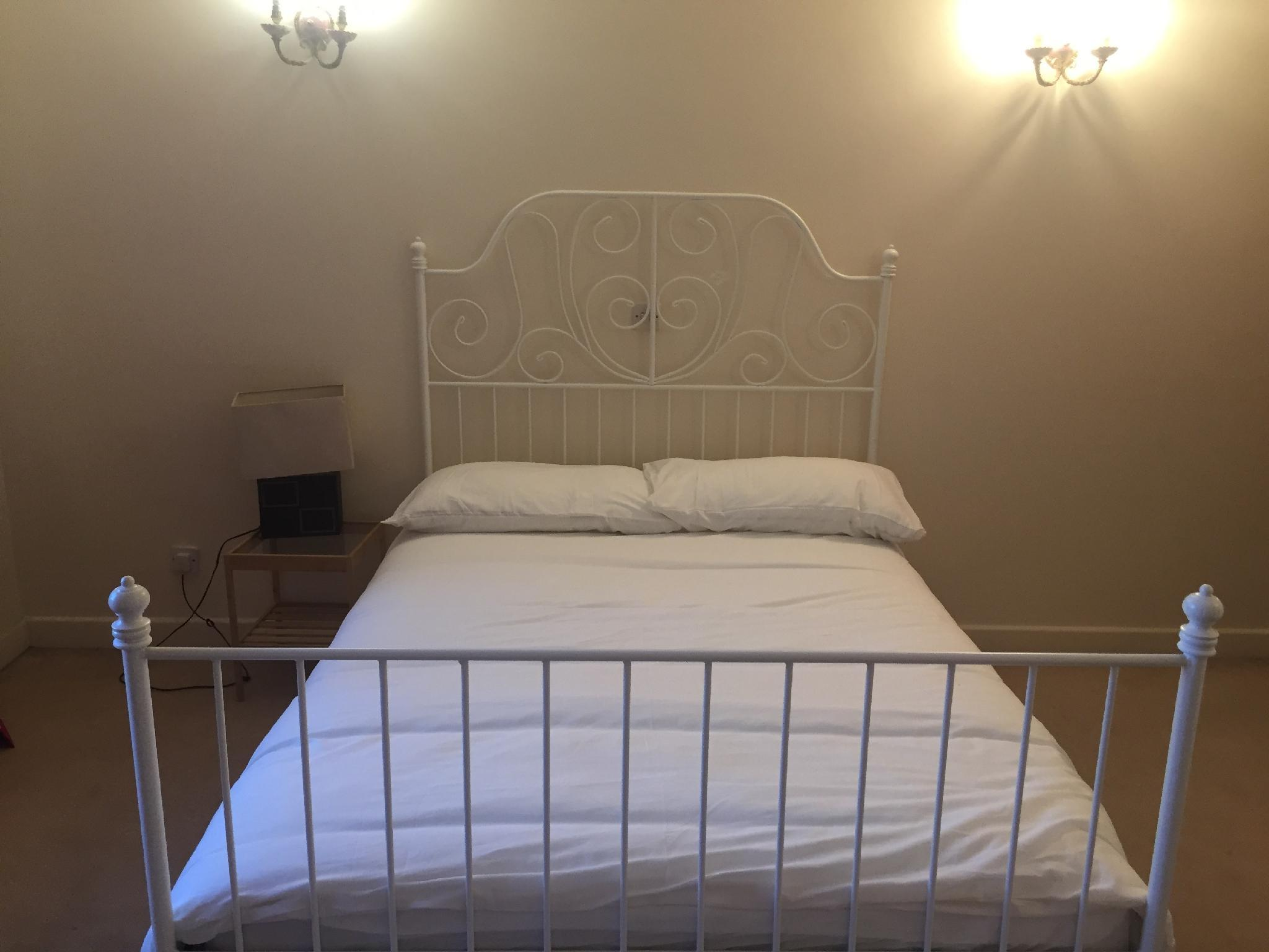 Private Rooms In Friendly Family Home