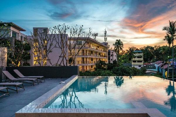 700 meters to Surin!! Brand new luxury condo B211 Phuket