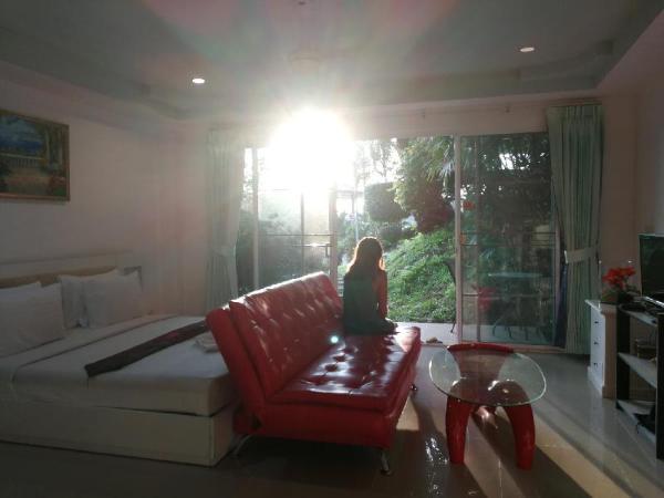 Studio Room5 Phuket