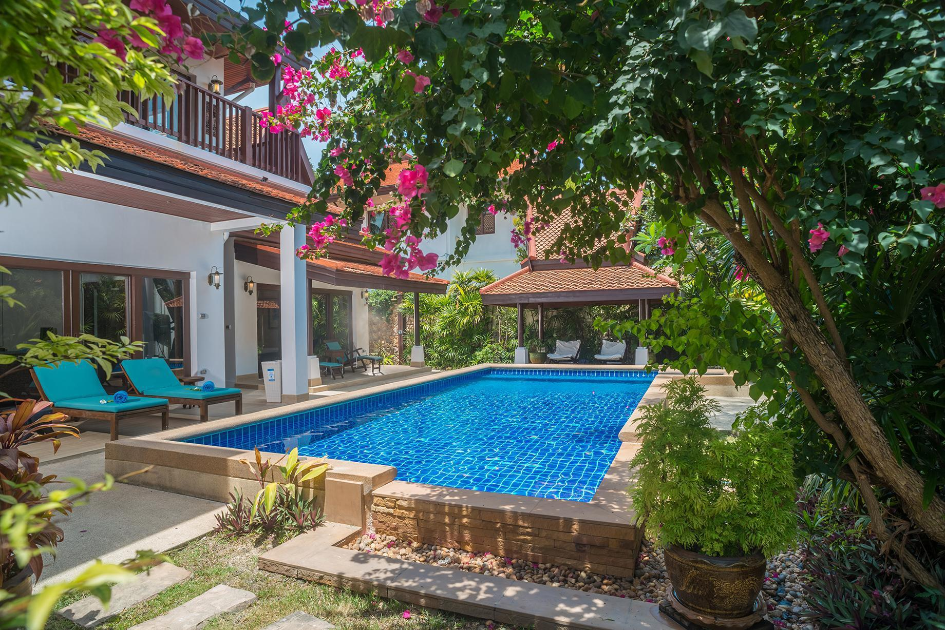 Beachfront Resort Villa Baan Frangipani 4BR 4 ห้องนอน 4 ห้องน้ำส่วนตัว ขนาด 337 ตร.ม. – หัวถนน