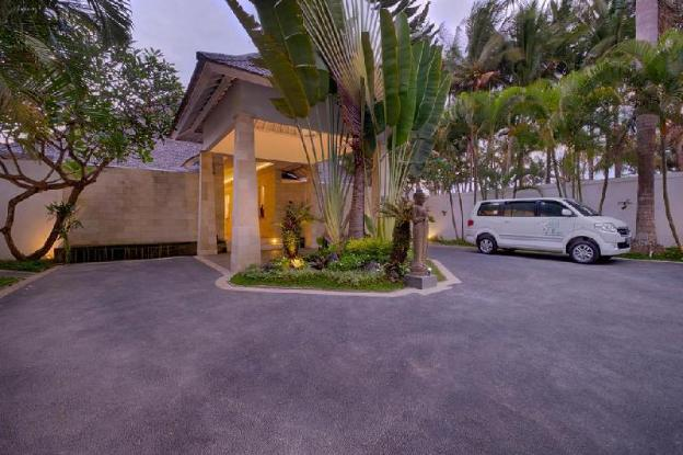 SB Luxury 4BR Private Villa close to the Beach