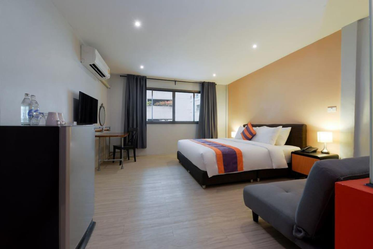 Studio 1.7 Km. From BTS And Emporium Shopping Mall