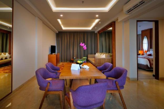 Family Suite-Breakfast 0.7mi The Rock Bar Jimbaran
