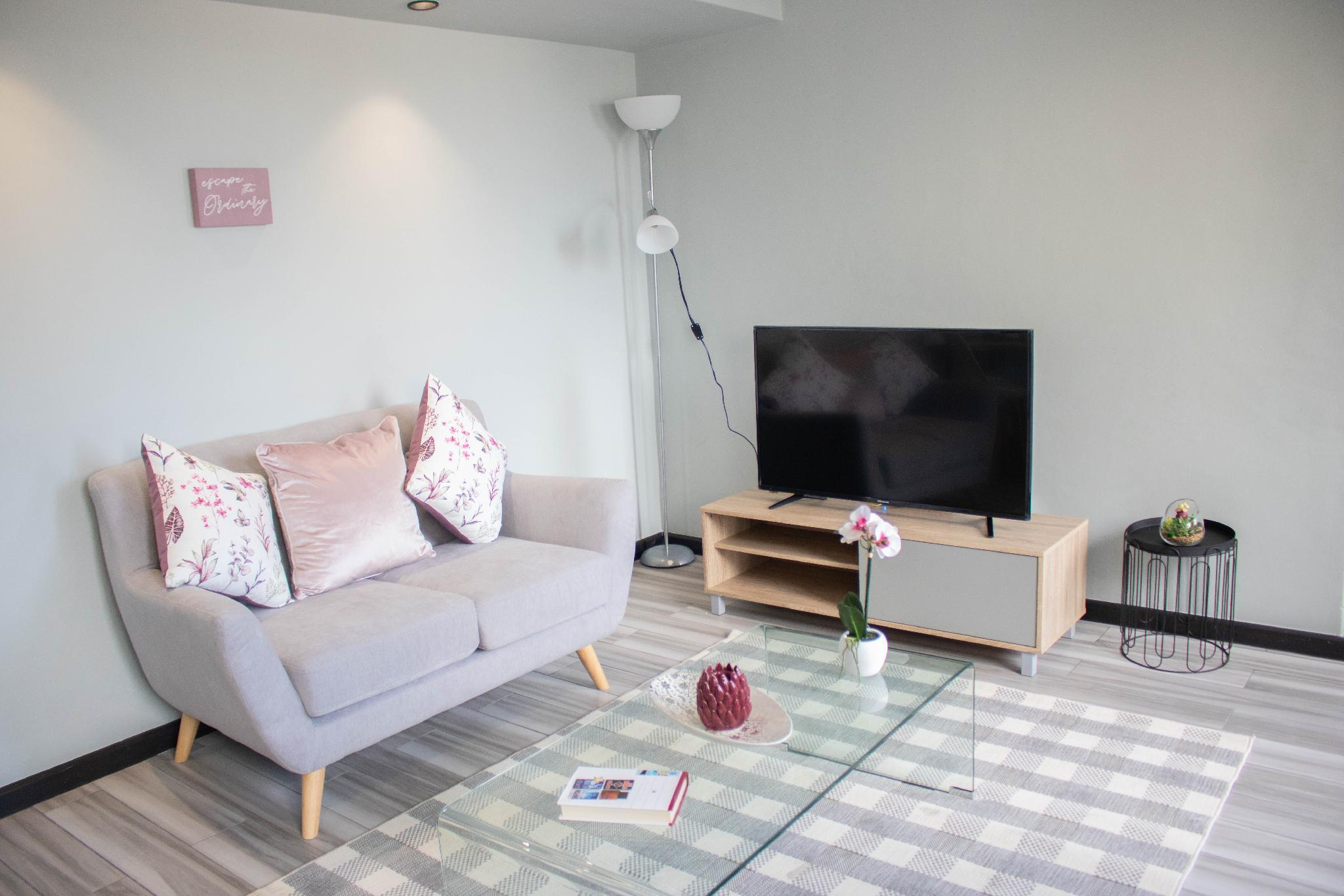 Modern Penthouse Apartment 11.2