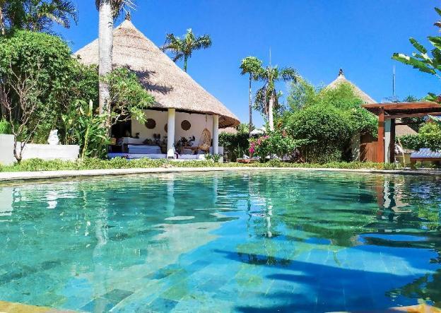 Romantic garden pool villa 6 bedrooms