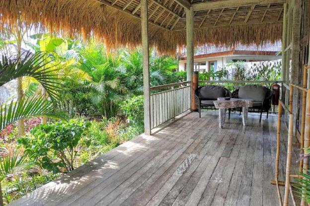 a Rustic Balinese Style Garden Side Bungalow-Bfast