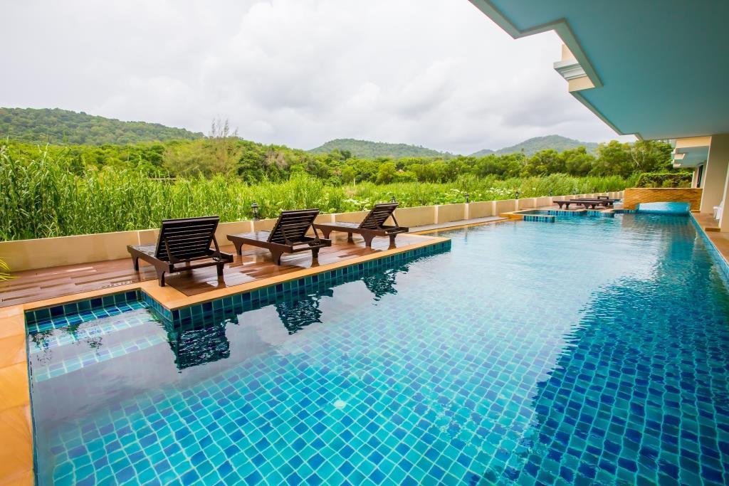 2 bedrooms stunning apartment in Nai Harn beach อพาร์ตเมนต์ 2 ห้องนอน 1 ห้องน้ำส่วนตัว ขนาด 55 ตร.ม. – ในหาน