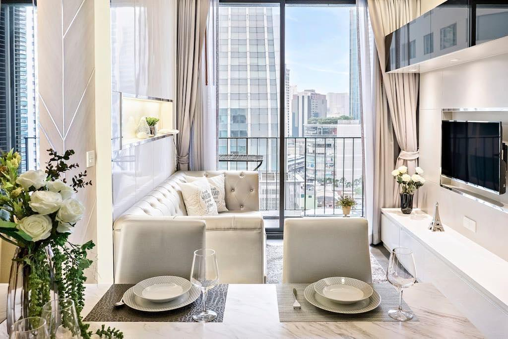 Luxury beautiful 1 bed apt,3-min walk to sky train อพาร์ตเมนต์ 1 ห้องนอน 1 ห้องน้ำส่วนตัว ขนาด 43 ตร.ม. – สุขุมวิท
