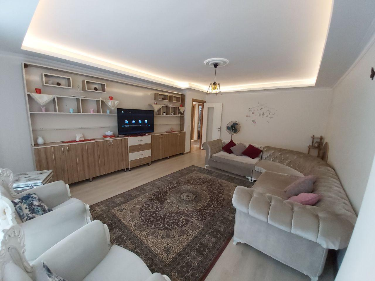 Beautiful And Spacious Flat In Istanbul