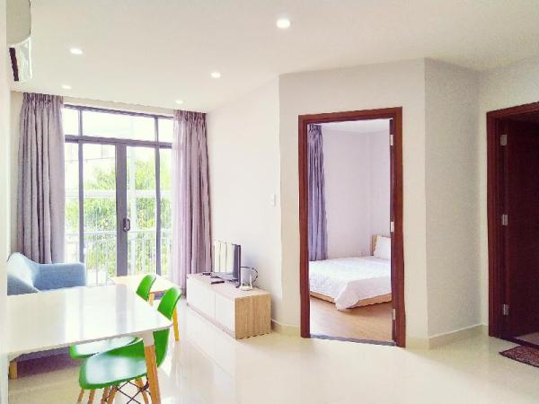 1 BR Apartment with Kitchen, near Tan Son Nhat Ho Chi Minh City