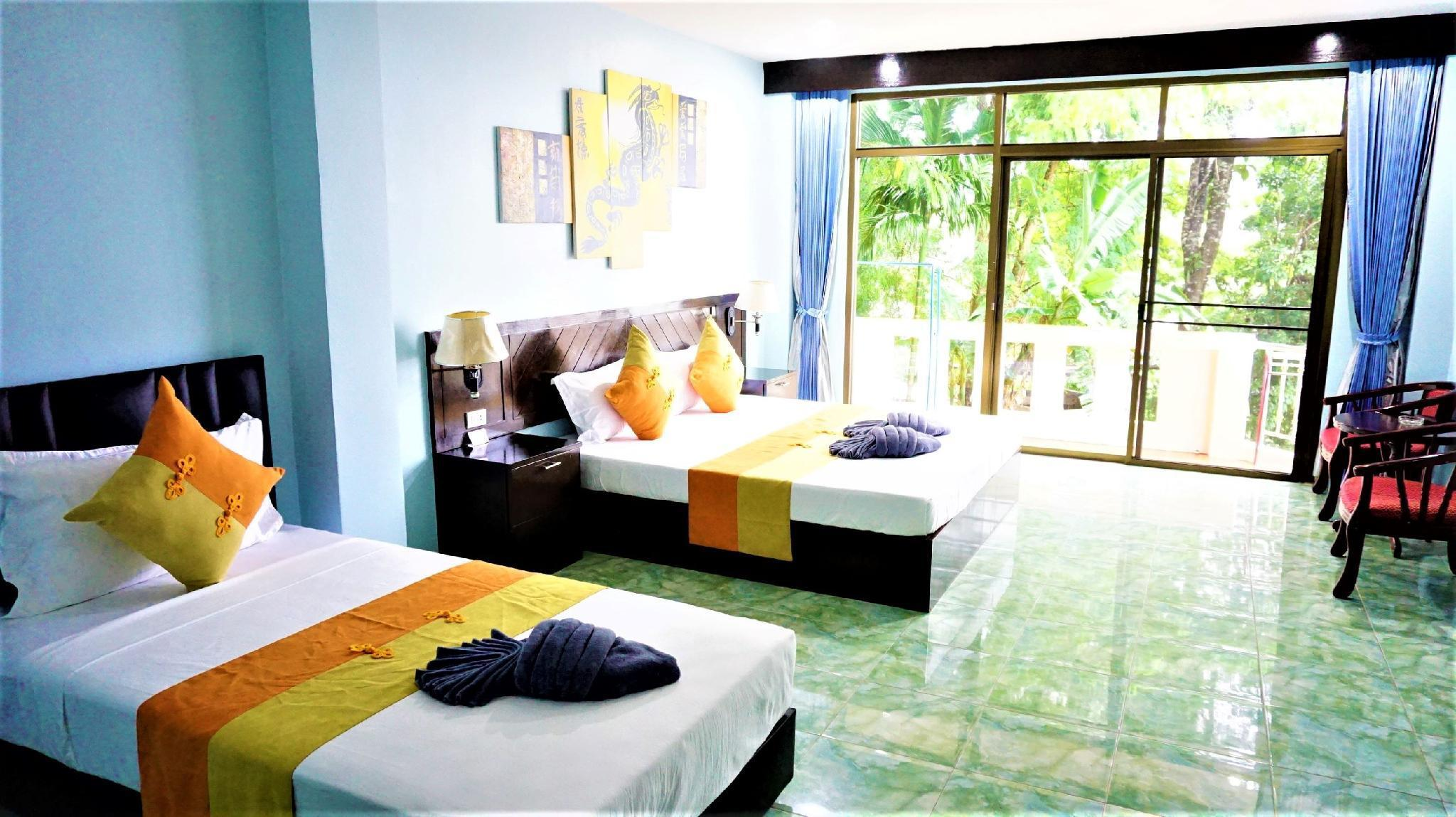 Romantic Family Room with balcony in Patong Beach วิลลา 1 ห้องนอน 1 ห้องน้ำส่วนตัว ขนาด 40 ตร.ม. – ป่าตอง