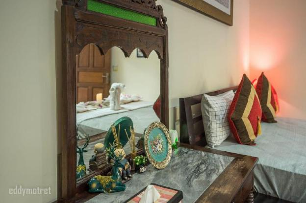 traditional balinese style villa with beach nearby